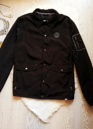 Черная мужская куртка ветровка с множеством карманов деми боль...