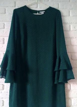 Платье свободного кроя бутылочного цвета с воланами