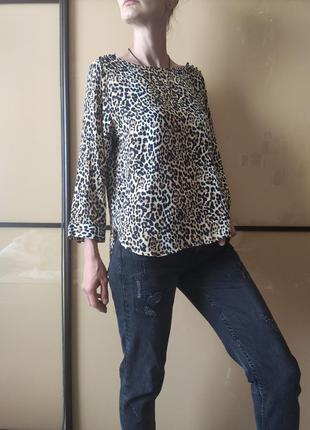 Блузка в леопардовый принт gap