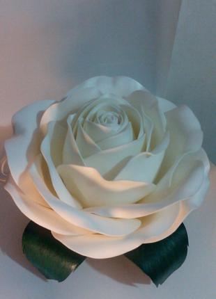 """Настольный ночник из изолона """"Роза"""""""