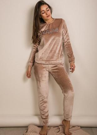 Уютная махровая женская теплая пижама
