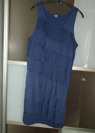 Красивое элегантное платье на 11-13 лет