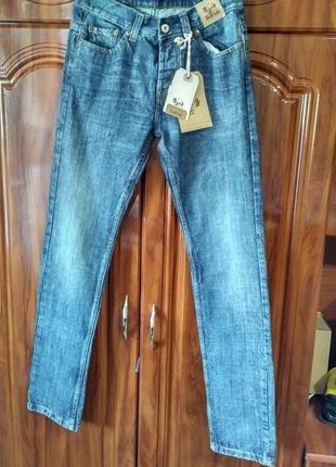 Стильные мужские джинсы bellfield англия