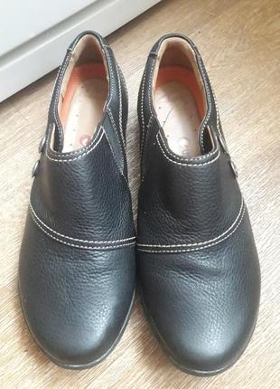 Кожаные туфли  clarks  38 размер