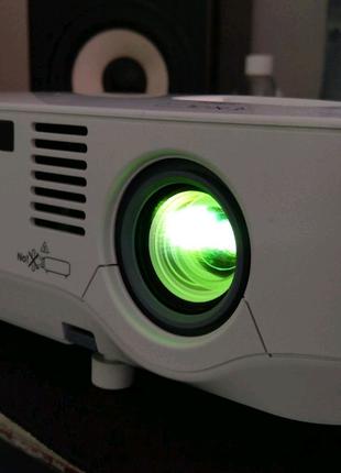 Проэктор NEC NP610 3xLCD 3500лм лампа оригинал ресурс 80%