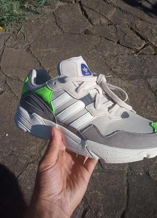 Кроссовки мужские adidas. оригинал