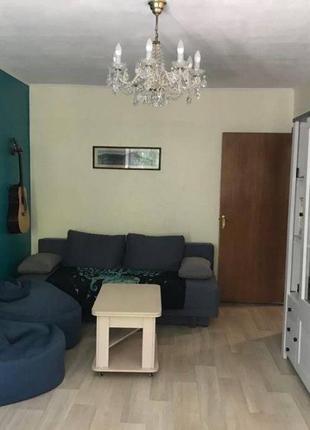 Двухкомнатная квартира в кирпичном, теплом дом