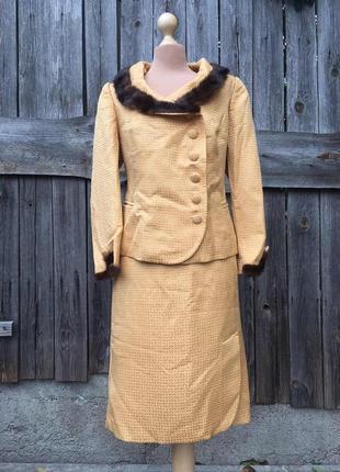 Костюм юбка пиджак, нарядный костюм 52 размер, натуральный мех