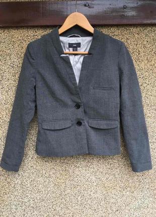 Стильный темно-серый пиджак жакет от h&m