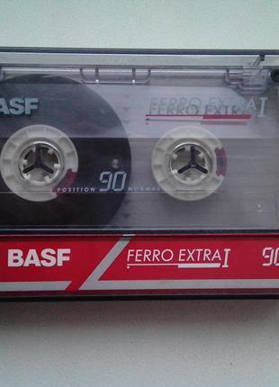 Аудиокассеты Basf и Sony