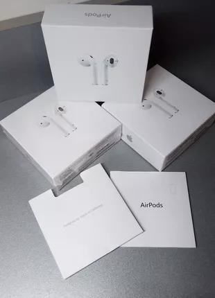 Apple AIRPODS 2 с беспроводной зарядкой MMEF2 (MMEF2ZE/A) White