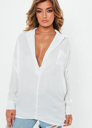 Белая воздушная блуза с удлиненной спинкой ( италия)