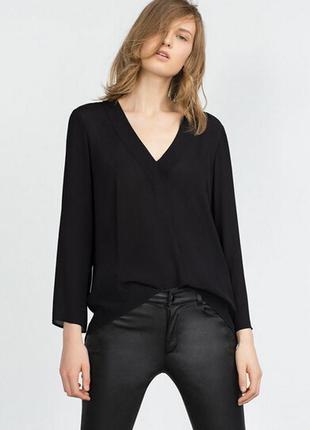 Черная блуза рубашка с v вырезом zara, нюанс