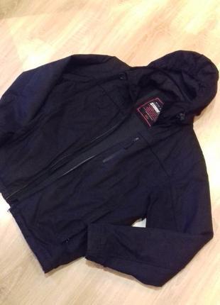 Распродажа!  куртка мужская черная не промокаемая marks&spenser
