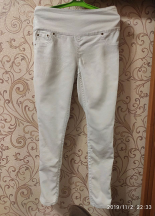 Женские брюки белого цвета