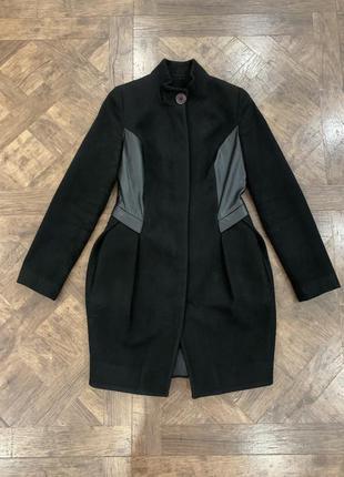Черное пальто на весну/осень, с кожаными вставками, не классика