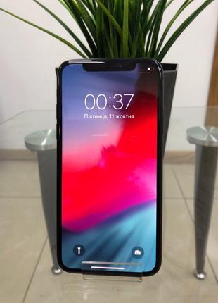 Apple iPhone X. Как новый, нет не единого изъяна