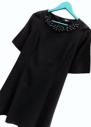 Маленькое черное платье, большой размер