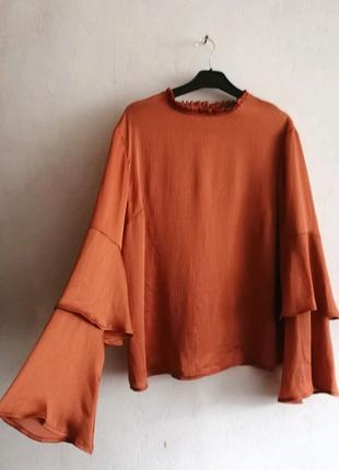 Красивенная блузка с широким рукавом, свободная