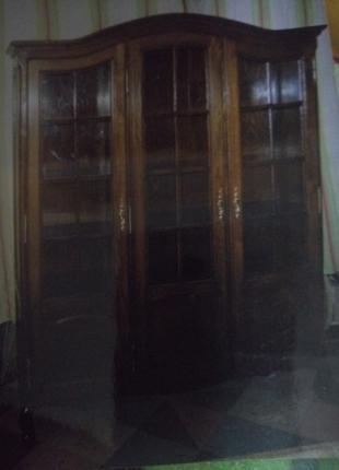Шкаф антикварный