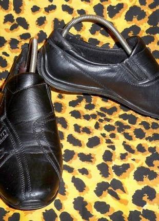 Фірмові шкіряні туфлі mekomelo, 36р., 23 см.