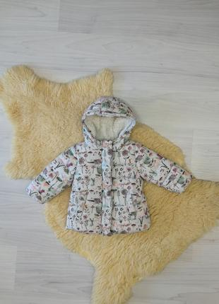 Красивая куртка Next на 12-18  месяцев