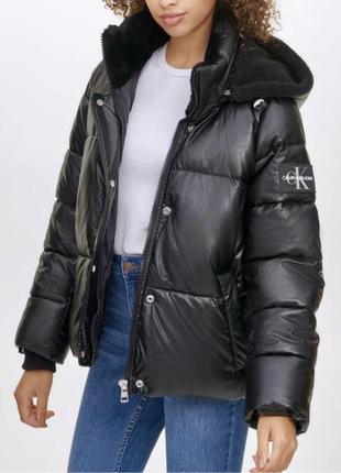 Куртка під шкіру від Calvin Klein