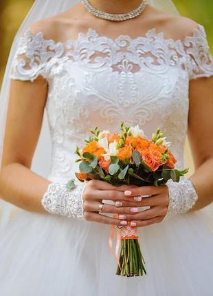 Платье свадебное с вышивкой бесплатно кольца 38 размер