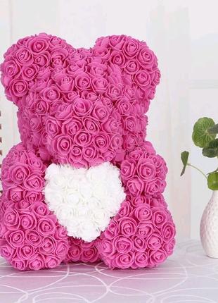 Мишка из роз с сердцем 40 см в подарочной коробке