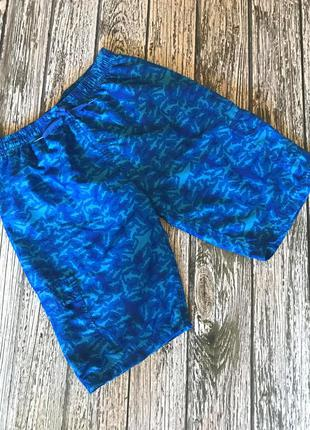 Фирменные шорты для мужчины, размер m (44)
