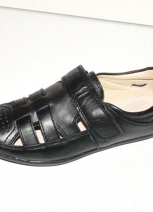 Туфли для мальчиков черные летние кожаные том 36 и 37