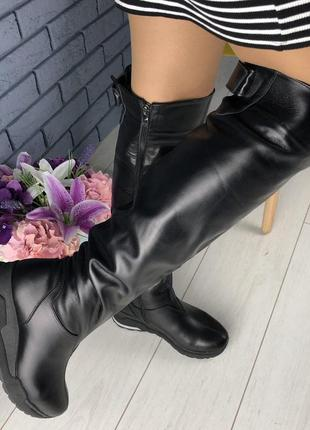 Женские зимние черные сапоги-чулки из натуральной кожи