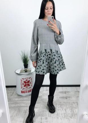 Платье zara с вышивкой вышивка