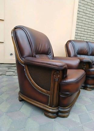 Кожаный комплект Купить кожаный диван Мягкая мебель для гостиной