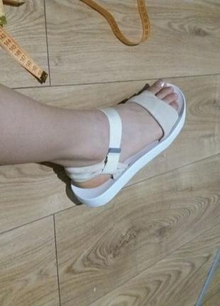 Clarks оригинал крутые босоножки сандалии  ботинки сапоги кожаные