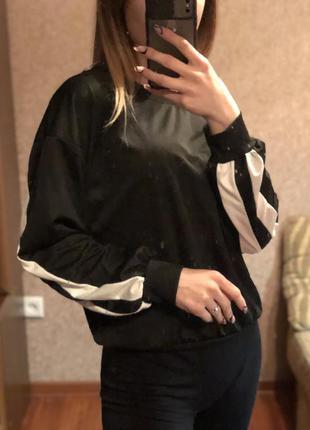 Укороченый кроп свитшот худи кофта как adidas