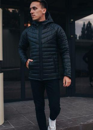 Стильная мужская куртка черная зимняя