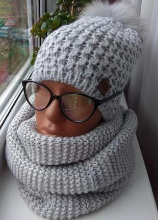 Новый комплект: шапка приспущенная с натуральным помпоном (на ...