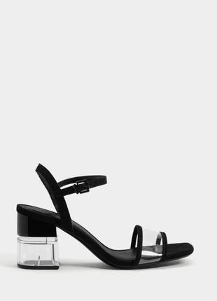 Туфлі, каблуки, босоножки, босоножки на каблуке.