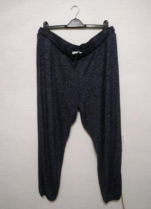 Стильные спортивные трикотажные брюки большого