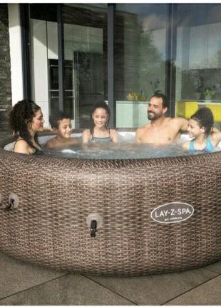 Гідромасажна ванна (джакузі)