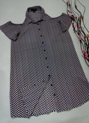 Стильное платье-рубашка с открытыми плечами m-l