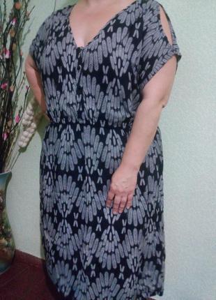 Вискозное платье большого размера 56-58