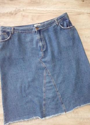 Стильная джинсовая юбка миди с бахромой большого размера