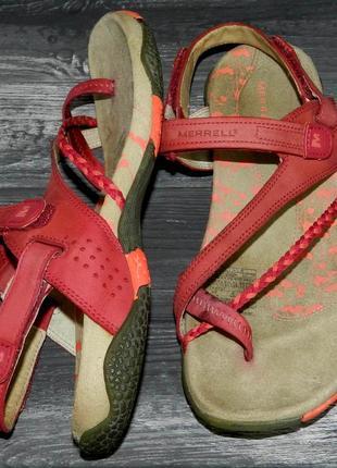 Merrell ! шикарные, стильные, удобные кожаные сандалии-босоножки