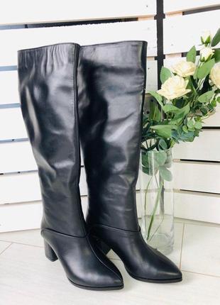 Женские зимние черные кожаные сапоги