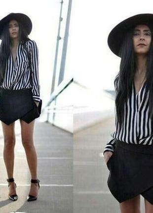 Стильные черные кожанные шорты юбка                    - missg...