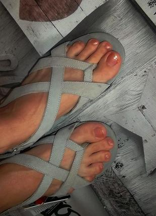 Женские сандалии босоножки на низком ходу замша