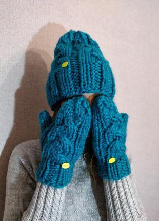 Скидка! вязанный комплект - шапка бини и варежки,моя ручная ра...