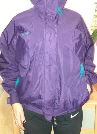 Курточка деми  размер s-m
